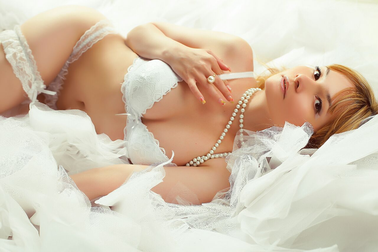 Lina eskort modeli