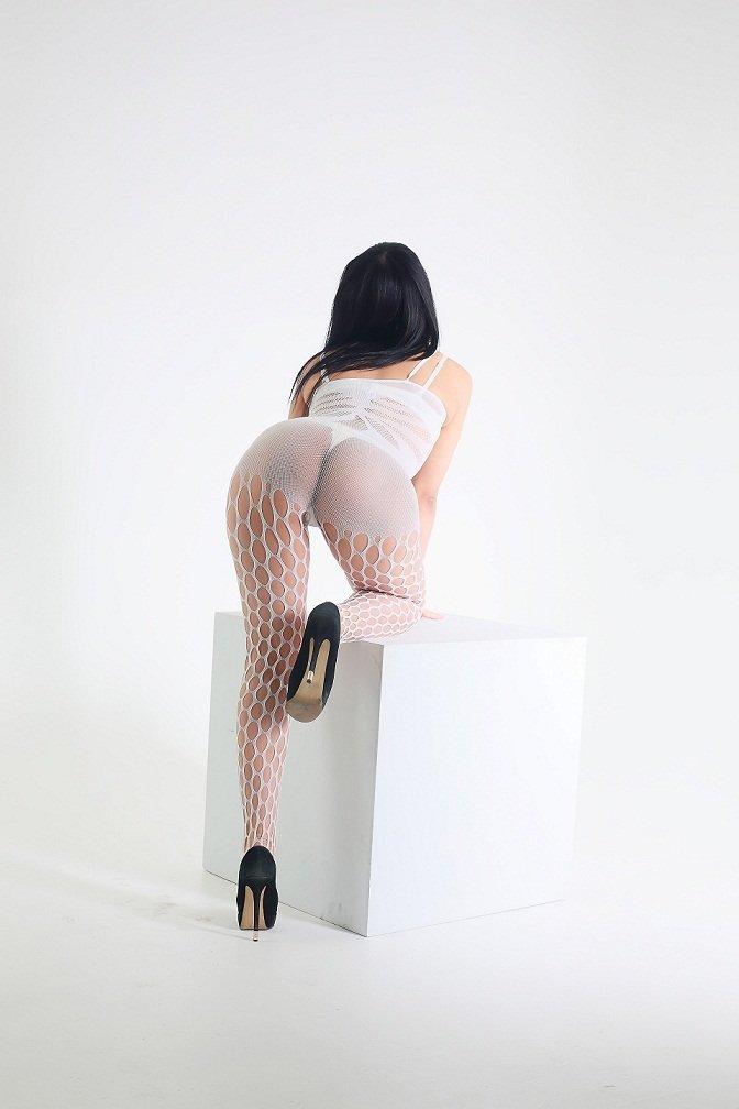 Dinara escort model