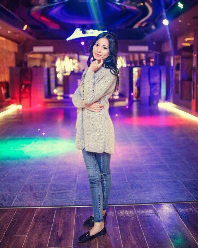 Gulya escort model